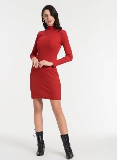 Styletag Dik Yakalı Elbise Kırmızı